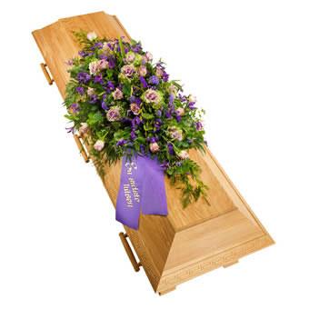 Kistdekoration i lila färger