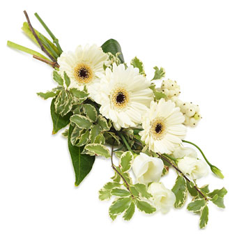 Hand bouquet in white colours