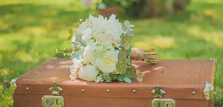 Blommor till bröllopsdagen