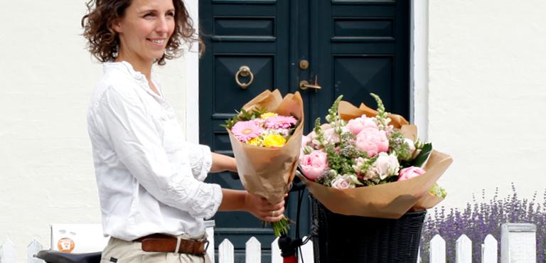 skicka blommor till sverige